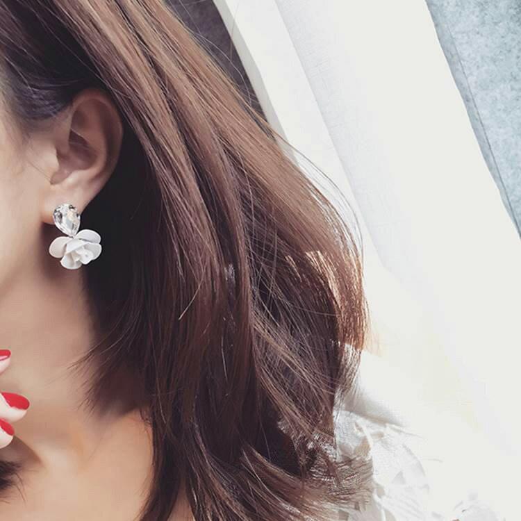 耳環 立體花朵水晶氣質耳環耳釘【TSEG874】 BOBI  07/07 1