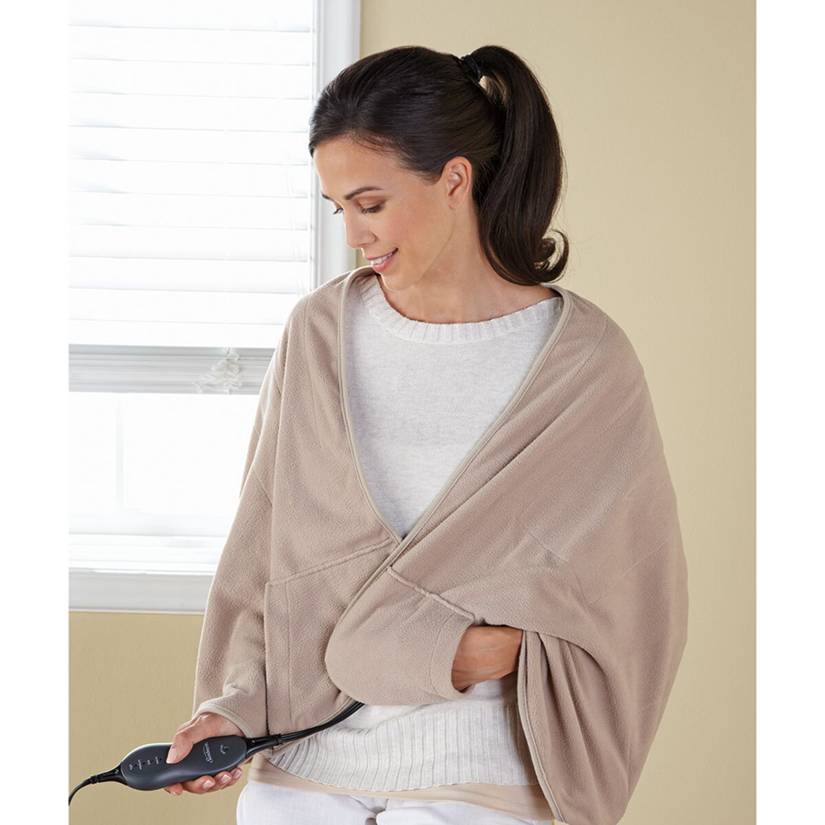 Sunbeam Chill-Away™ Personal Heated Wrap, Sand TCFQR-783-44 0