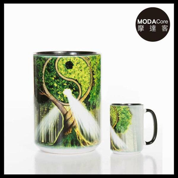 【摩達客】(預購)美國TheMountain自然陰陽村圖案設計藝術馬克杯440ml