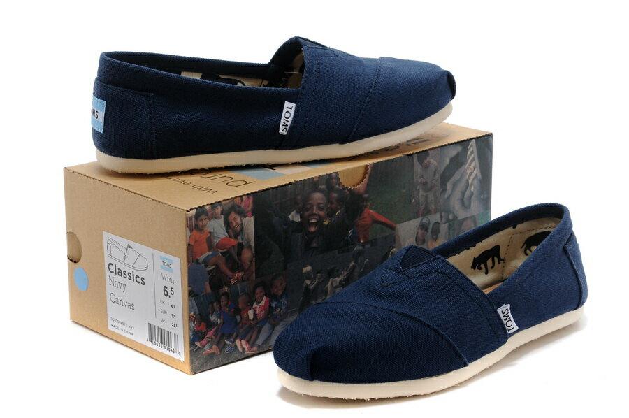 【TOMS】藍色素面基本款休閒鞋  Navy Canvas Women's Classics 6