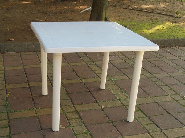 ~兄弟牌~白色塑膠方桌(90cm)~物美價廉~居家庭院休閒必備!!台灣製