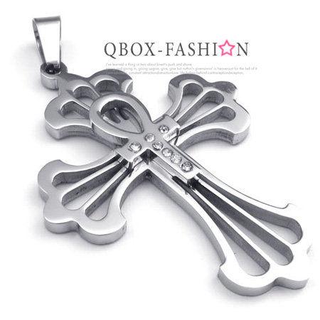 《 QBOX 》FASHION 飾品【 W10022514】 精緻個性生命圖紋十字架鑲鑽316L鈦鋼墬子項鍊(黑)