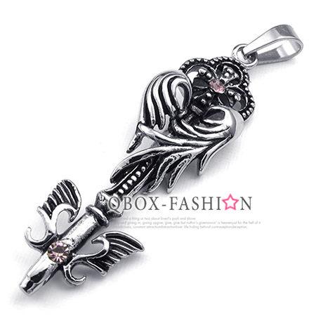 《 QBOX 》FASHION 飾品【W10023431】精緻個性羽翼權杖鑄造316L鈦鋼墬子項鍊