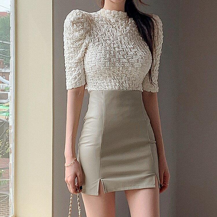 2021秋韓版溫柔甜美褶皺泡泡袖立領上衣+高腰修身a字皮裙
