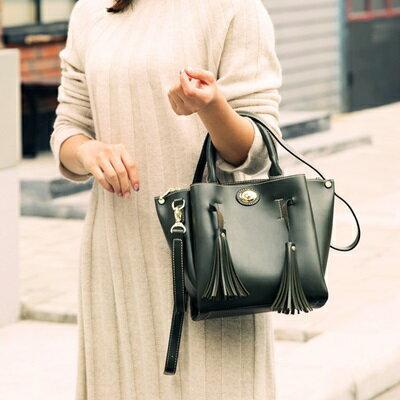 手提包流蘇肩背包-純色簡約優雅大方女包包2色73sb42【獨家進口】【米蘭精品】