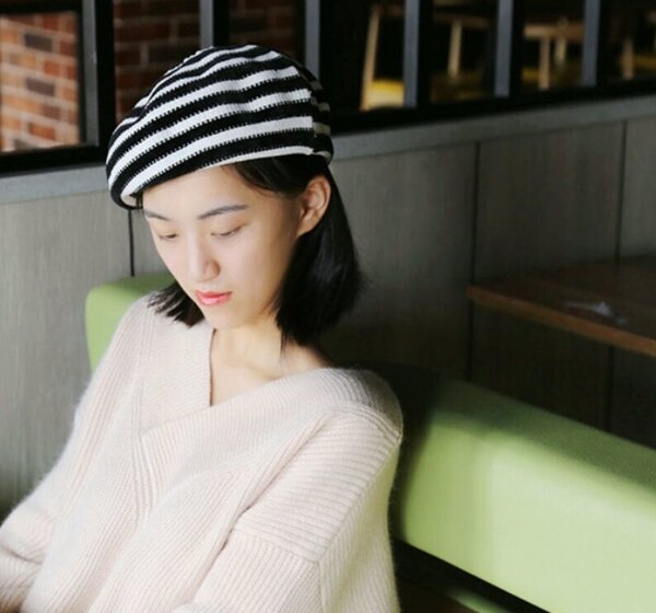 麻吉小舖:韓版新款條紋貝雷帽針織百搭休閒畫家帽小清新貝蕾帽