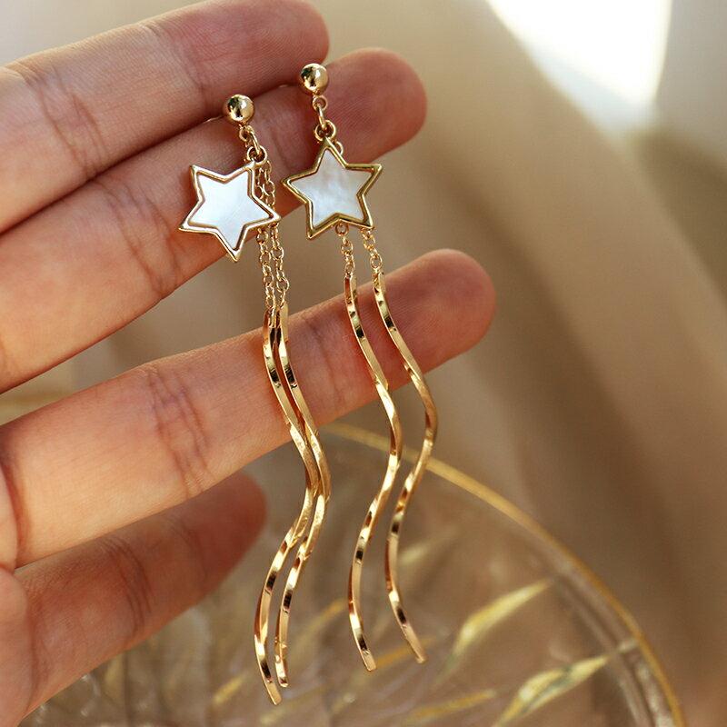 S925銀針星星吊墜波浪長款耳環仙女時尚流蘇氣質簡約甜美溫柔耳飾1入
