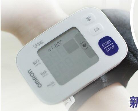 【歐姆龍血壓計現貨足】歐姆龍血壓計 HEM-6181新品手腕式