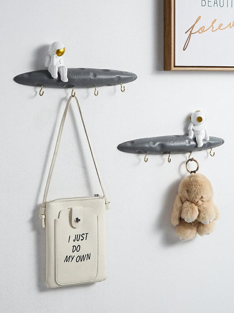 進門玄關創意入戶門口鑰匙裝飾掛鈎壁掛式宇航員創意兒童房掛衣架  SGBS3 愛尚優品