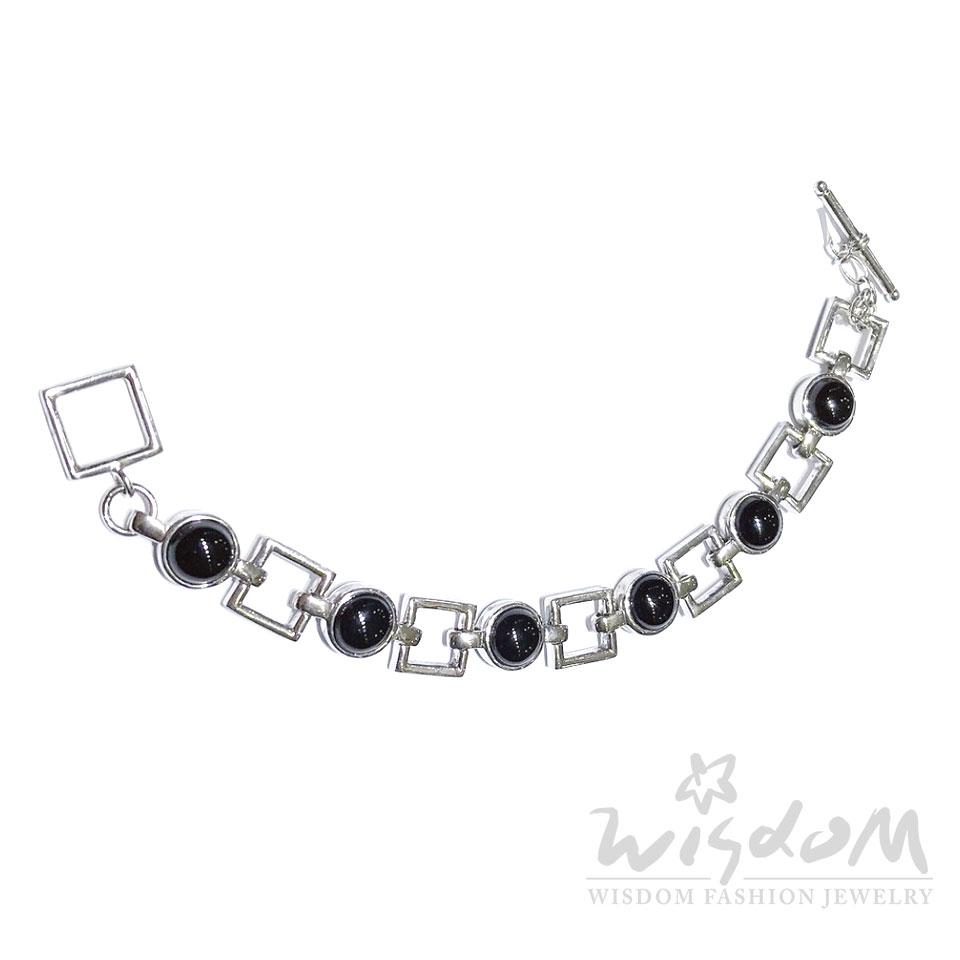 威世登時尚珠寶 黑瑪瑙銀手鍊-Y A04G11066216-DBXX