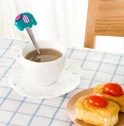 【八八八】e網購~【卡通矽膠防燙不鏽鋼湯匙LA216】NO135咖啡攪拌勺小勺子調羹湯茶匙湯勺