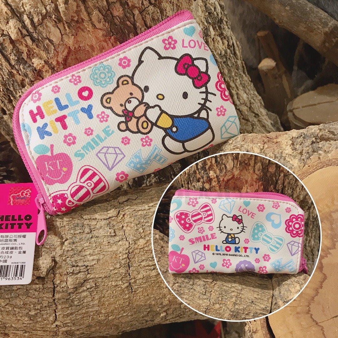 【真愛 】18090700018 皮質L形拉鍊包-KT彩色塗鴉粉 凱蒂貓 kitty 拉鍊包 小物收納 零錢包 彩妝收納