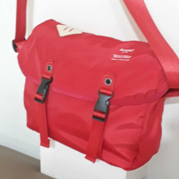 anello-紅色多功能通勤背包(at-b1622-005)