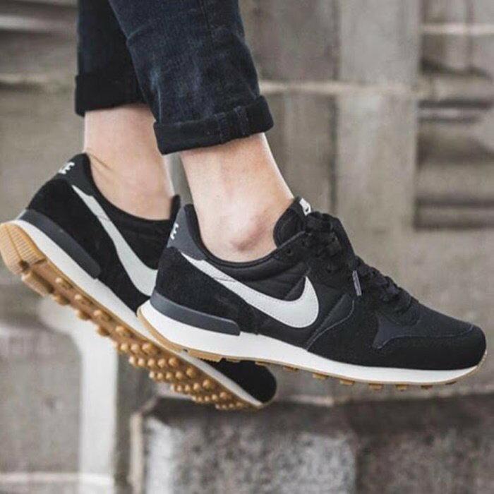 【日本海外代購】Nike Internationalist 黑白 麂皮 尼龍 焦糖底 阿甘鞋 男女鞋 828407-02