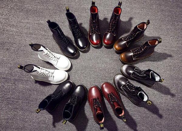 Pyf♥明星同款真皮短靴英倫8孔馬丁靴機車靴情侶靴大尺碼女鞋