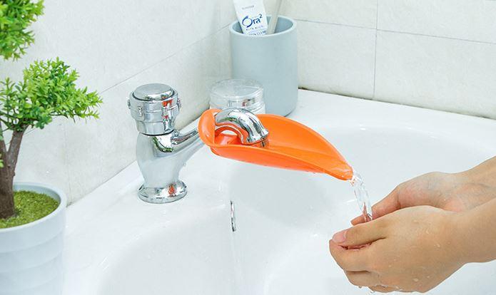 【省錢博士】鴨嘴造型加長水龍頭延伸器 / 寶寶兒童導水槽洗手器    19元