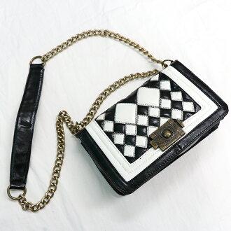 【質衣館】經典古銅色黑白菱格肩背小包-黑白色