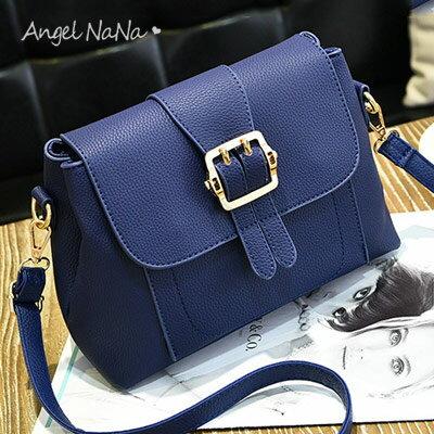 <br/><br/>  斜背包。 AngelNaNa 純色 簡約 女 郵差包 側背包【BA0203】<br/><br/>