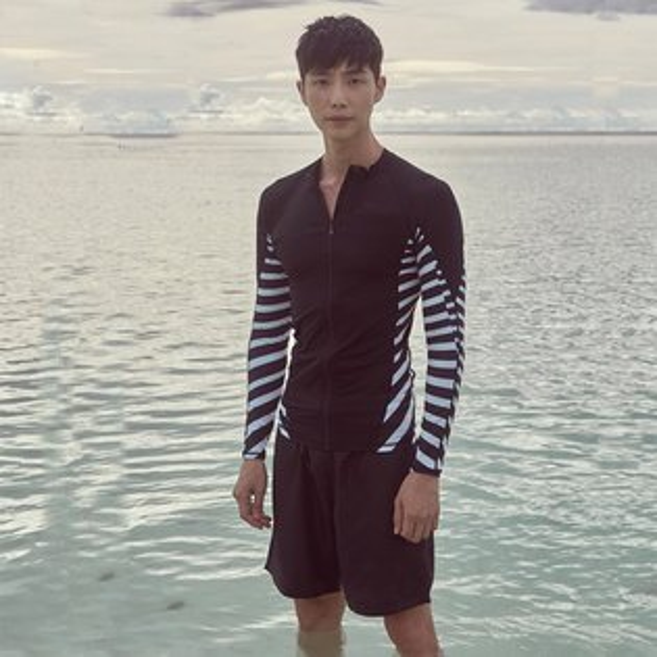 男泳裝條紋印花運動防曬外套兩件套男長袖泳裝【SFM2105】BOBI0517