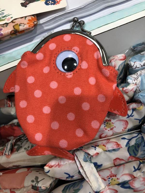*Realhome* 英國 Cath Kidston 超可愛 Kids 珠扣零錢包 可愛造型小魚款