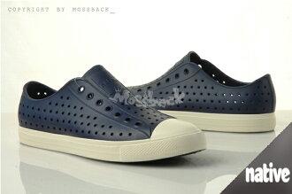 『Mossback』 NATIVE JEFFERSON 加拿大潮牌 奶油底 呼吸 懶人鞋 輕量 透氣 洞洞 涼拖鞋 白標 深藍色