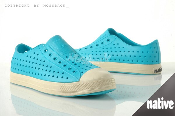 『Mossback』 NATIVE JEFFERSON 加拿大潮牌 奶油底 呼吸 懶人鞋 輕量 透氣 洞洞 涼拖鞋 水藍色