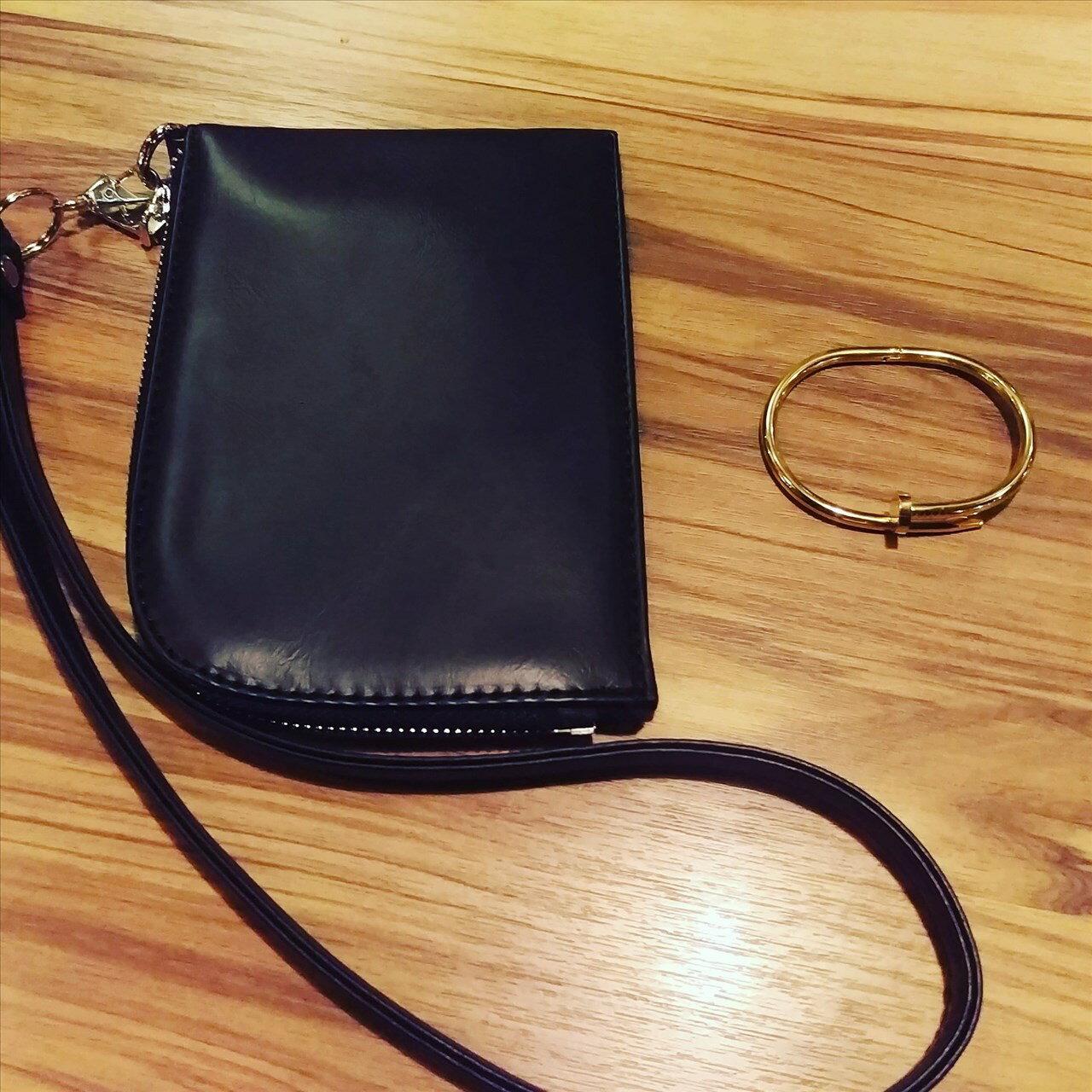 皮革 錢包 掛包 高品質版本 鋼版 手環 歐美手環 ㄧ起販售 掛包 掛頸包 手機包 買ㄧ送ㄧ