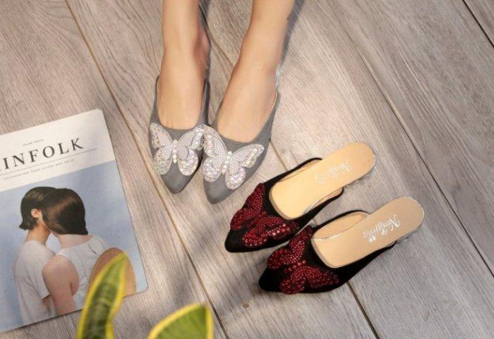 Pyf ? 蝴蝶水鑽涼拖鞋 尖頭絨面 包頭半拖低跟涼鞋 加大47 大尺碼女鞋