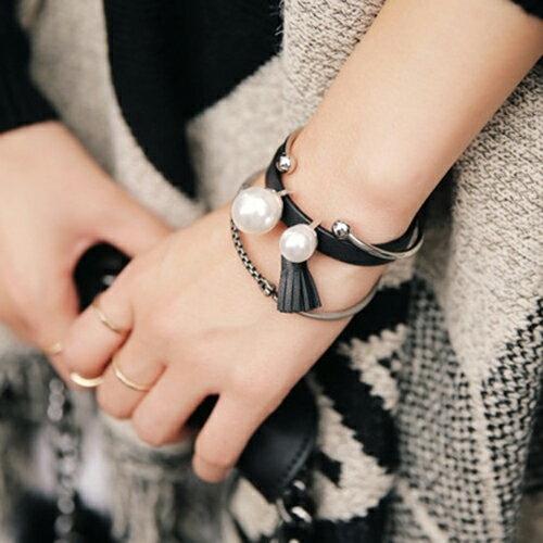 77美妝:皮革流蘇珍珠個性兩件組手環MISJ2316