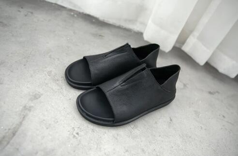 FINDSENSE服飾:FINDSENSEMD日系時尚潮男高品質頭層牛皮低跟露趾個性羅馬涼鞋涼鞋拖鞋兩用