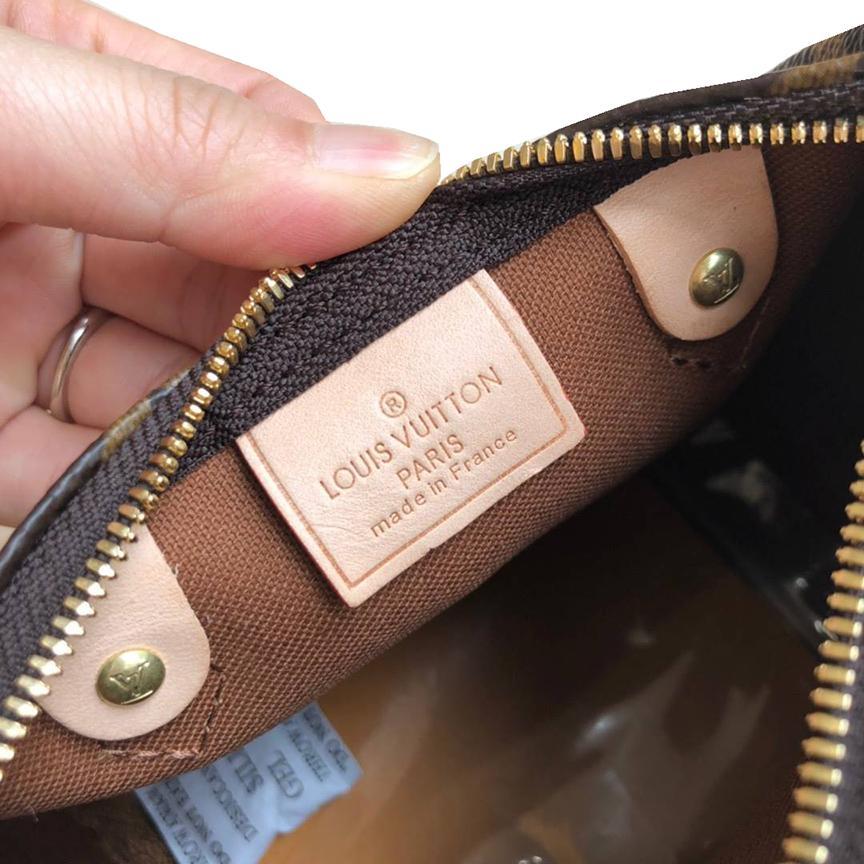 ~雪黛屋~LV 波士包超小國際正版保證進口防水防刮皮革拉鍊主袋品牌證明品牌高級塵套品牌提袋等候10-15日L612521