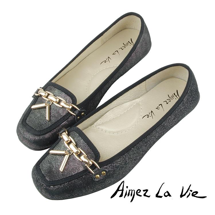 Aimez La Vie 豆豆底舒適通勤金屬鍊方頭平底鞋 0