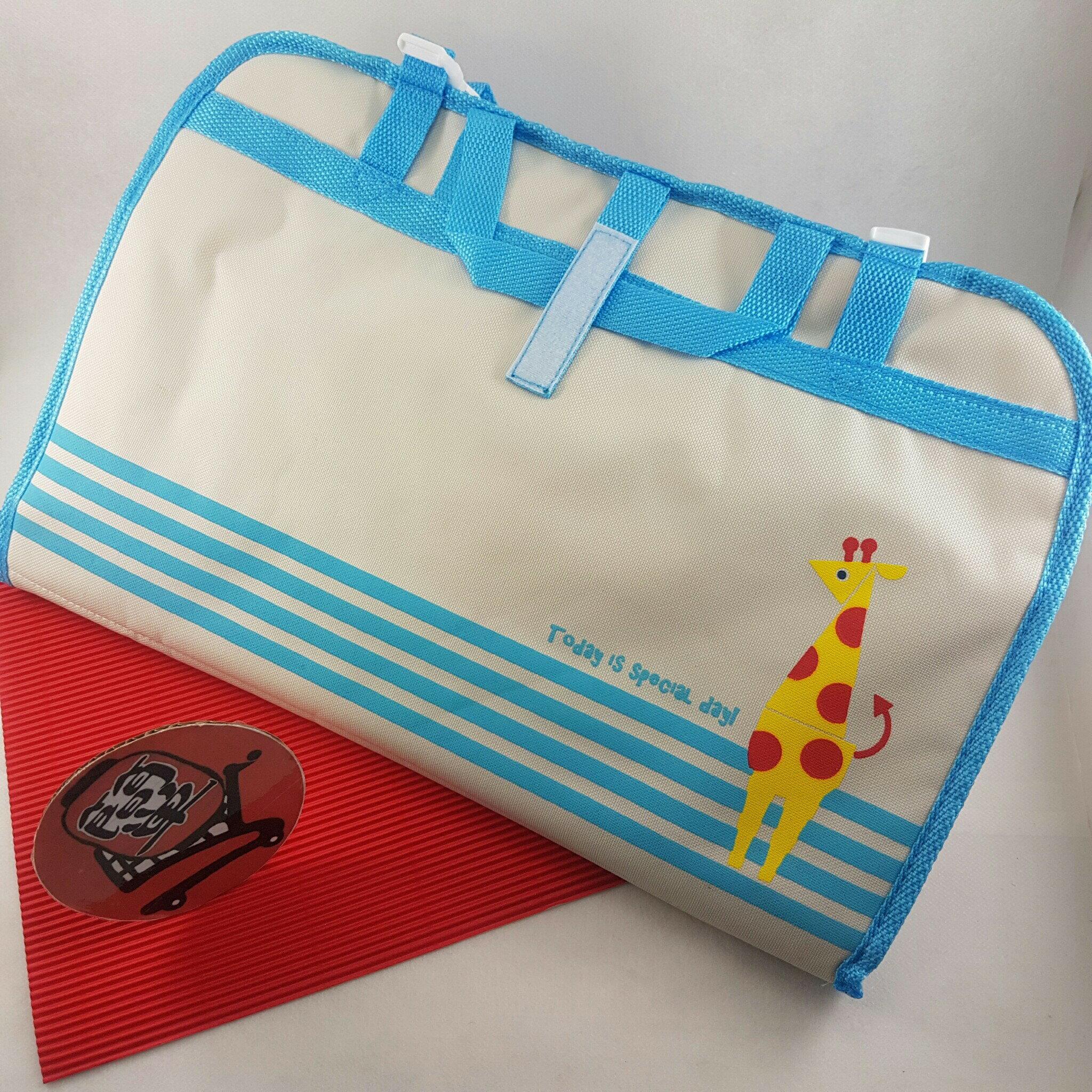 『簡?全球購』DECOLE BRICK BLOCK 藍色邊獅子與長頸鹿車用椅背掛袋雜物掛袋