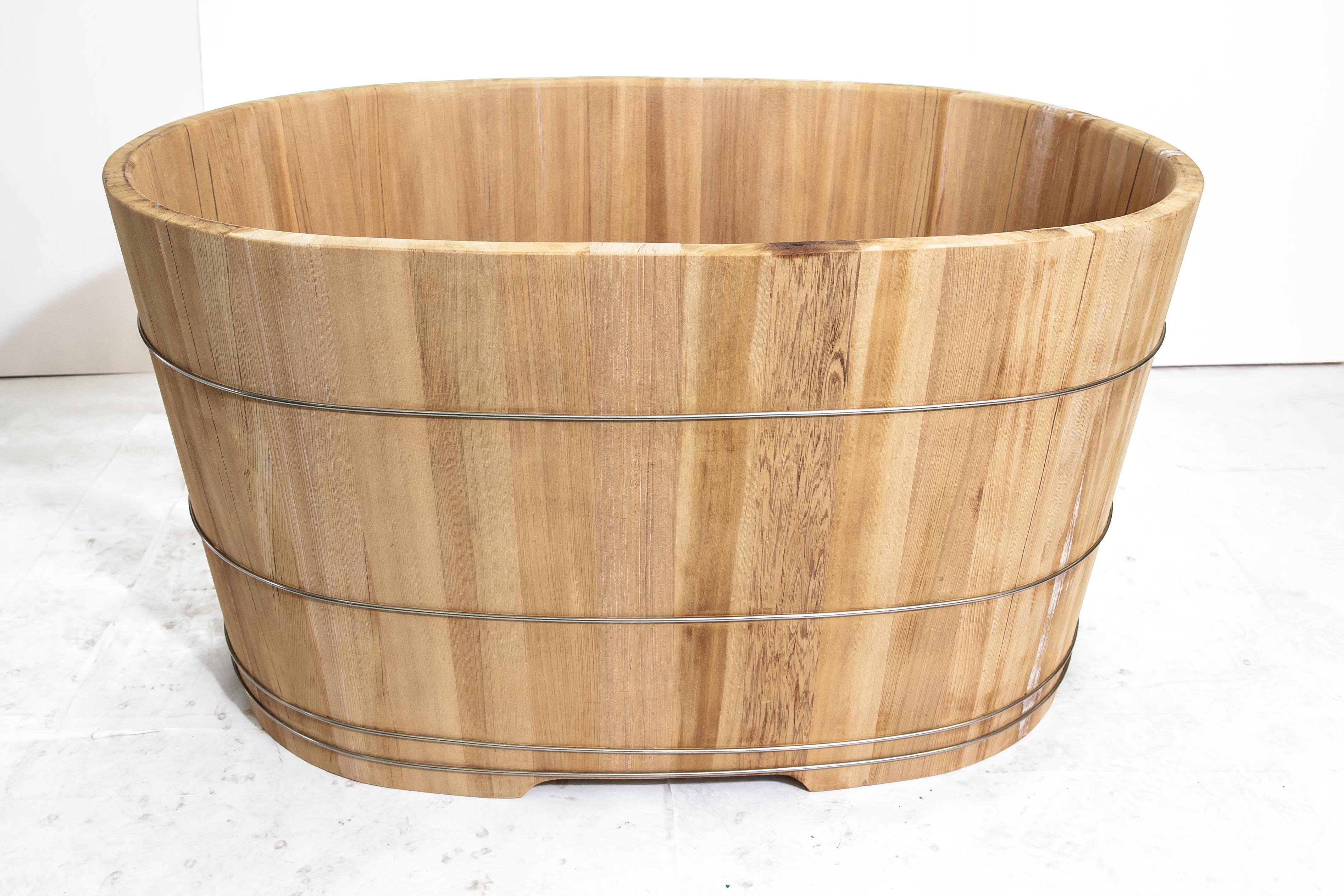 泡澡幫助血液循環 檜木檜木桶 泡澡桶106公分長(兩人份尺寸) )台灣第一領導品牌-雅典木桶 木浴缸、方形木桶、泡腳桶、蒸腳桶、蒸氣烤箱