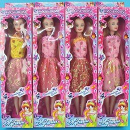 單入 芭比娃娃玩具 一個 CF95967