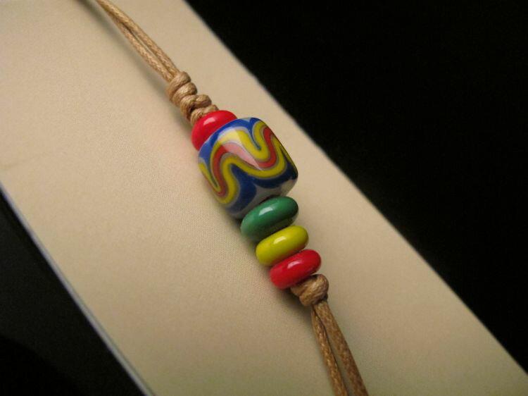 【卡塔】傳統琉璃珠吊飾 尊貴之珠