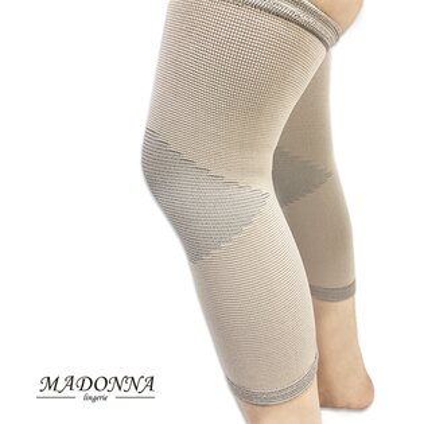 MADONNA:竹碳560丹7031無縫一體成型束膝護膝保暖一雙加大M~XXL台灣製