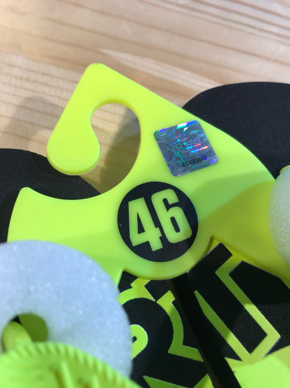 ~任我行騎士部品~MotoGP VR46 夾腳拖 拖鞋 海灘鞋 羅西 Rossi 正MotoGP周邊 現貨