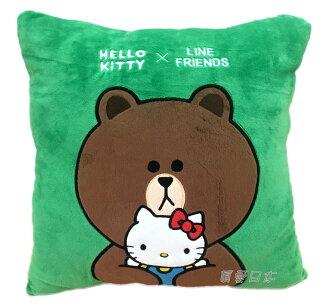 【真愛日本】16070600021 LINE聯名方抱枕-熊大抱KT  三麗鷗 Hello Kitty 凱蒂貓 娃娃 抱枕 靠枕