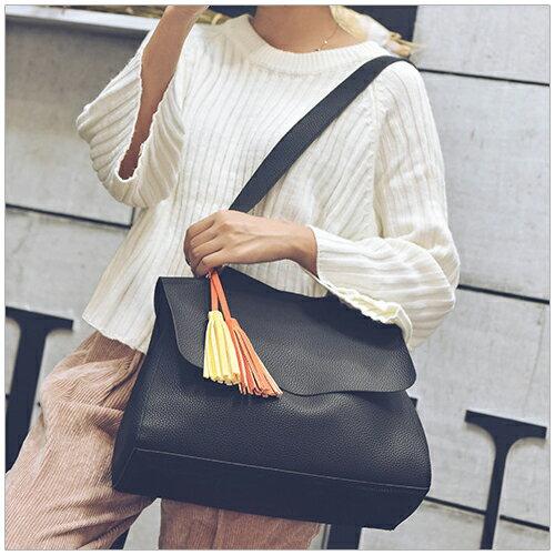 雙色流蘇荔枝紋書包款型斜背包