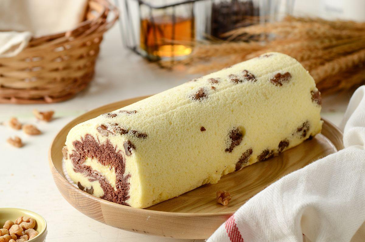 核桃巧克力卡士達捲,彌月蛋糕禮盒推薦 高雄伴手禮名店 卡士達醬X雙色核桃戚風蛋糕