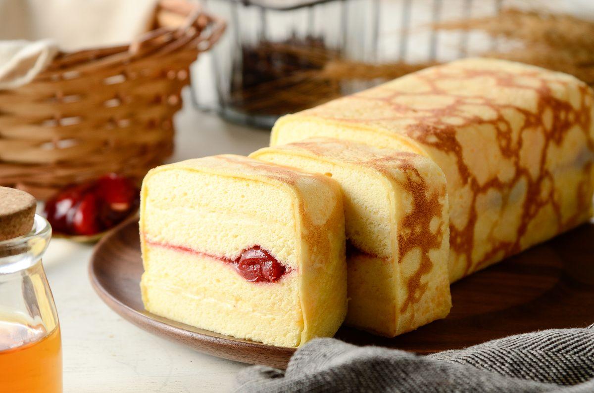 玉子燒捲,彌月蛋糕禮盒推薦|高雄伴手禮名店|團購美食|酸甜櫻桃醬X柔軟杏仁蛋糕
