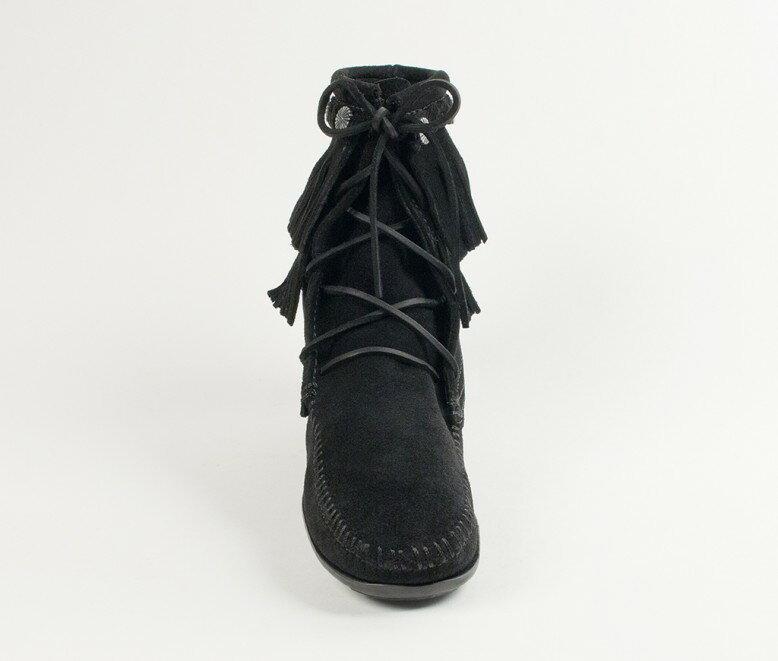 【Minnetonka 莫卡辛】黑色-純手工雙層流蘇短靴 3