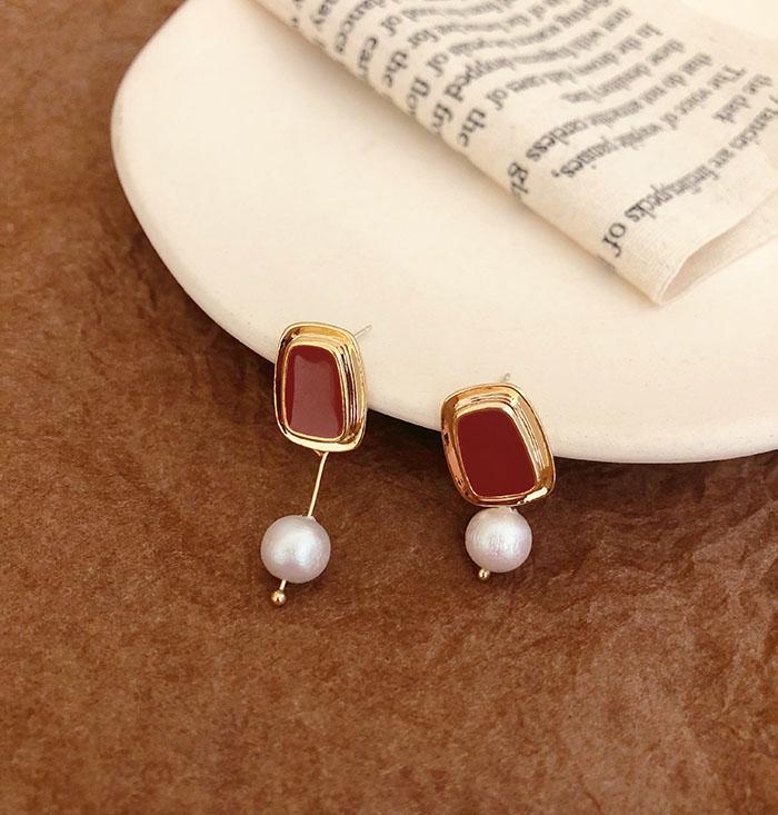 925銀針設計感滴釉珍珠不對稱耳環女網紅高級感氣質個性耳墜1入