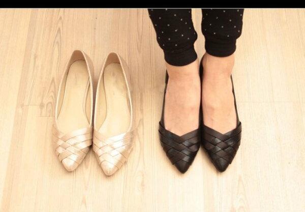 Pyf ♥ 歐美經典款 尖頭交叉編織平底鞋 素色娃娃鞋 上班鞋 加大 46 大尺碼女鞋