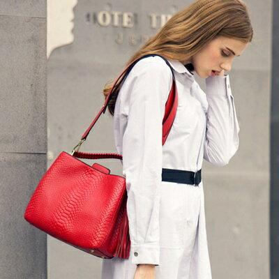 手提包真皮肩背包-時尚高雅氣質鱷魚紋女包3色73md72【獨家進口】【米蘭精品】