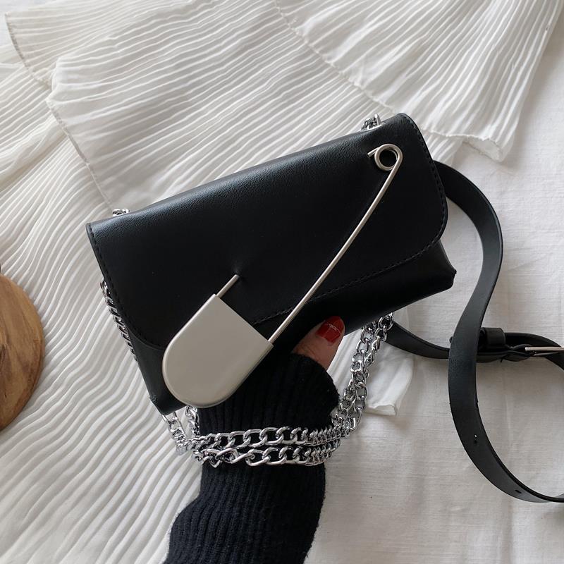 法國小眾包包洋氣女包2020新款潮時尚鏈條斜挎包個性單肩胸包腰包♠極有家♠