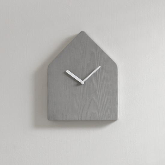 木京 杉/時侯。灰色水泥時鐘 0