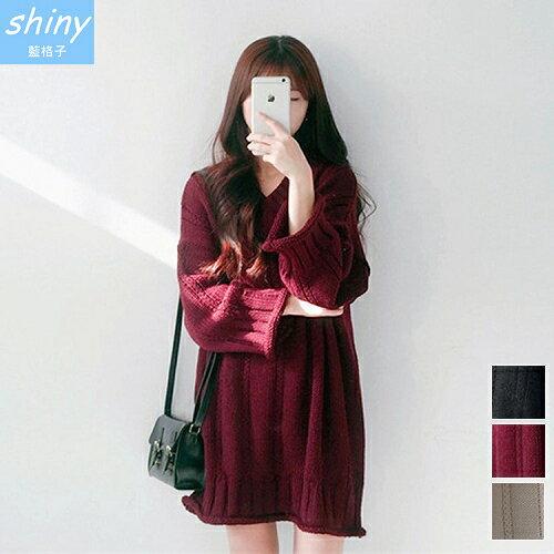 shiny藍格子:全店滿600折50【V2027】shiny藍格子-慵懶女孩.V領麻花捲邊寬鬆長袖上衣
