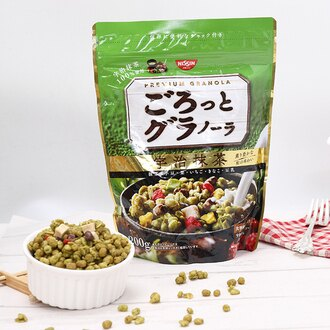 有樂町進口食品 日本空運來台 日清NISSIN早餐燕麥片 日清宇治抹茶早餐麥片 J95 200g 4901620160210